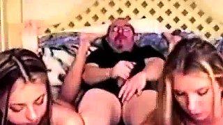 Amateur toesucking babes in trio tease oldman