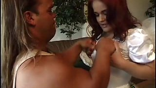 Two midgets fuck in hot video