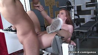 Dani Jensen & Rocco Reed in Hot Dani Shows She Has Everything To Be A Pornstar - BestGonzo