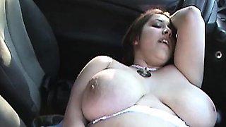BBW with huge hanging boobs outdoor fingering in car