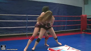 Nude fight club presents Lexy Little vs Nicole Sweet.