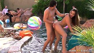 Feverish guys and horny babes enjoy hard orgy porno in pool area