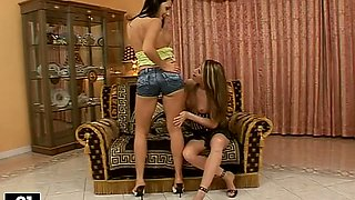 Busty angels Aletta and Lepidotera are making out