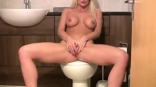 jennifer jade - masturbation on the toilet