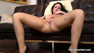 Milf Playing With Nylon Pantyhose