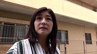 Amateur Asian Deepthroat Blowjob