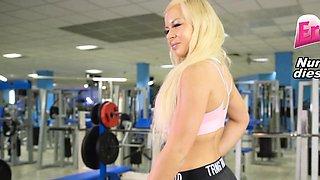 german big tits girlfriend blow and piss