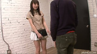 Cute girl Hitomi Fujihara is giving a head