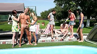 CFNM sex by the pool