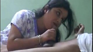 Cute Bhabhi Sucking Lover Cock