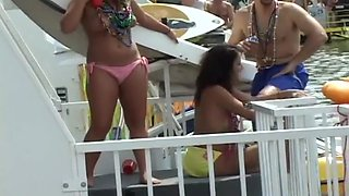 Wild Spring Break Girls Flashing Boobs