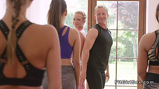 fitness coach gives creampie to blonde