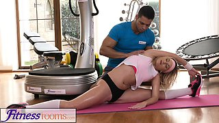Fitness Rooms Flexible blonde babe fucked every way