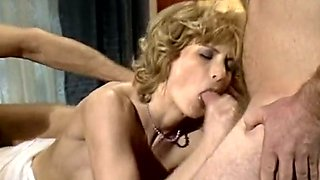 Provocative blonde mom is screwed bad in hardcore MMF threesome