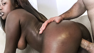 Passionate Ebony Babe Fucking Lucky Old Man – Interracial