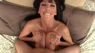 Monster saggy titts give her ass