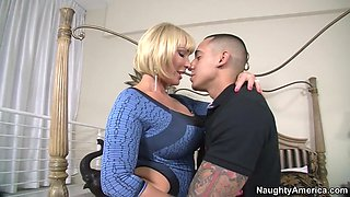 mellanie monroe in a pantyhose and high heels seducing a guy