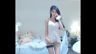 Angela Sexy Korean Girl dancing in white