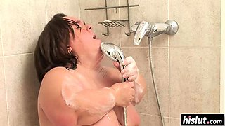 Nasty midget masturbates in the shower