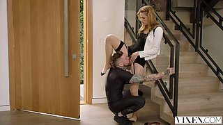 beautiful ex-trophy wife turns to her gym teacher for the passionate stuff