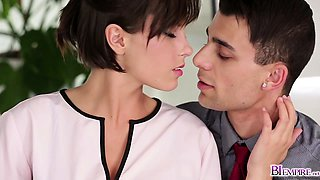 Anabelle sucking off two hot bi cocks