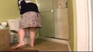 Butthole girls 12 - taylor on the toilet 1