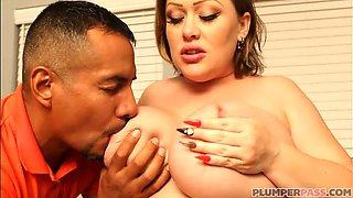 Sexy Pregnant BBW Bunny De La Cruz Gets Fucked