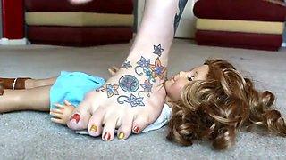 Sabrina Giantess Barefoot Doll Trample