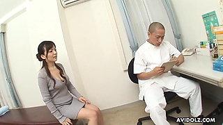 Japanese MILF Asuka Ayanami fucks doctor