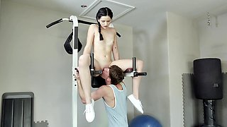 Alluring teen girl gets screwed so well in the gym