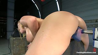 Meaty Pussy Pounded by Machine Powered Cock