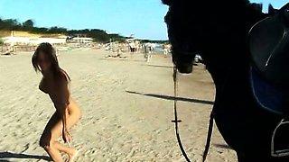 Hot teen nudists make this nudist beach even hotter