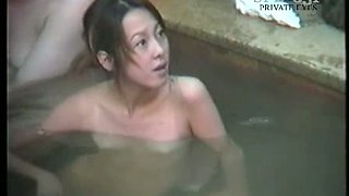 Amateur Japanese young chicks in the hot tub pool bathing