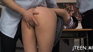 Agreeable schoolgirl gives a steamy footjob like a real pro