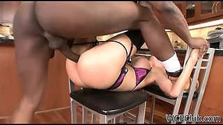 Slutty cougar gets fucked good and hard