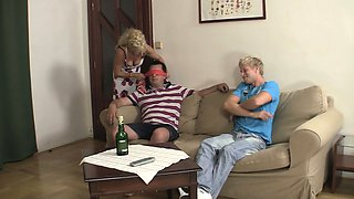 His cute blonde girl involved into family 3some