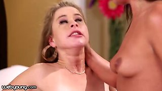 Sucking stepsister's clit feels too good to be wrong