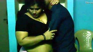 bbw telungu aunty having sex with skinny boy