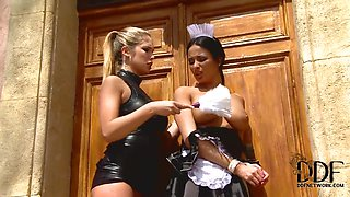 Dirty costume games with Anissa Kate,  Eva Parcker