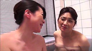 Oishi Shinobu And Honma Natsuko In Mature Lesbian Fun