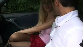 Blonde Chick Gives Head In The Car