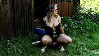 Czech Domme Lenka is perfect in facesitting sessions