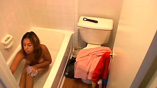Nice hidden camera clip with my tattooed GF taking a shower