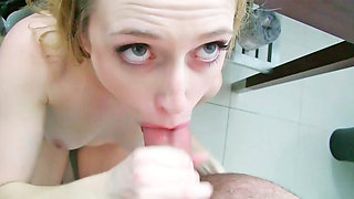 Hottie is fucked while using the toilet